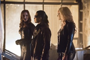 "The Flash -- ""Invincible"" -- Image: FLA222a_0039b.jpg -- Pictured (L-R): Katie Cassidy as Black Siren, Carlos Valdes as Reverb and Danielle Panabaker as Killer Frost -- Photo: Dean Buscher/The CW -- © 2016 The CW Network, LLC. All rights reserved."