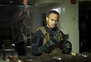 "Arrow -- "" Genesis"" -- Image AR420a_0224b.jpg -- Pictured (L-R): David Ramsey as John Diggle and Eugene Byrd as Andy Diggle -- Photo: Diyah Pera/The CW -- © 2016 The CW Network, LLC. All Rights Reserved."