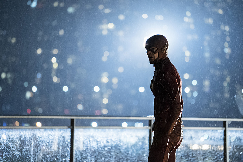 "The Flash -- ""The Present"" -- Image FLA309a_0327b.jpg -- Pictured: Grant Gustin as The Flash -- Photo: Katie Yu/The CW -- © 2016 The CW Network, LLC. All rights reserved."