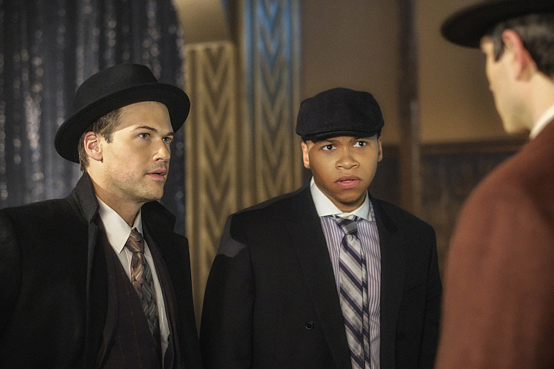 """DC's Legends of Tomorrow --""""The Chicago Way""""-- LGN208b_0289.jpg -- Pictured (L-R): Nick Zano as Nate Heywood/Steel and Franz Drameh as Jefferson """"Jax"""" Jackson -- Photo: Robert Falconer/The CW -- © 2016 The CW Network, LLC. All Rights Reserved"""