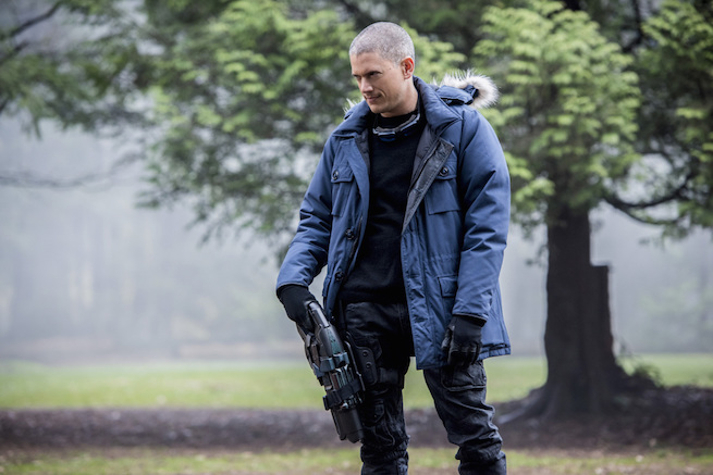 """The Flash -- """"Infantino Street"""" -- FLA322b_0055b.jpg -- Pictured: Wentworth Miller as Leonard Snart/Captain Cold -- Photo: Dean Buscher /The CW -- © 2017 The CW Network, LLC. All rights reserved."""