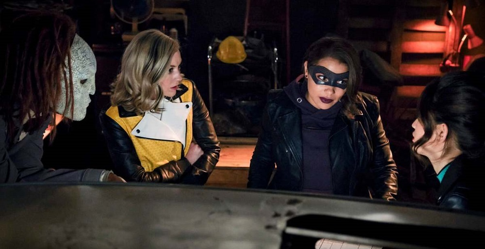 The Flash 5x20 - Weather Witch, Bug-Eyed Bandit and Rag Doll join XS for a heist.