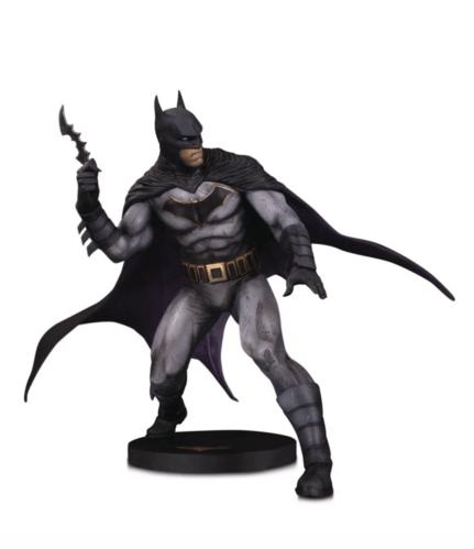 Coipel Batman Statue dc collectibles