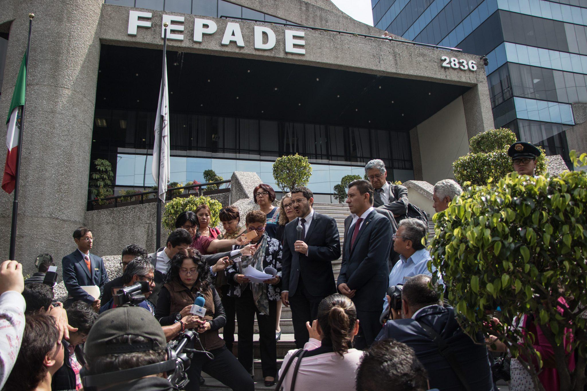 Firma Gobernadora Pavlovich convenio con FEPADE