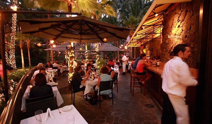 Il Lupino Trattoria  Wine Bar  Hawaiicom
