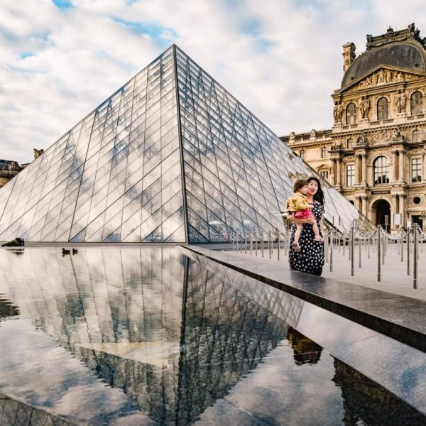Louvre Pyramid In Fall And Spring Jake Dannie