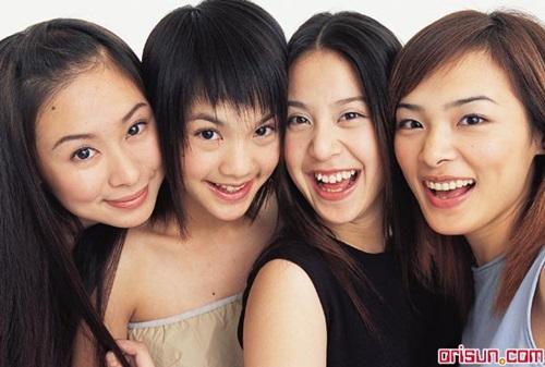 許下我第一千零一個願望 還我以前的少女團體!   Sunday Girls、千田愛紗、佐藤麻衣、4 IN LOVE、KISS   名人娛樂 ...