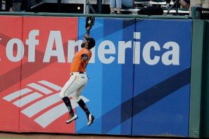 San Francisco Giants center fielder Denard Span (2) catches a Galvis shot to center field in the third inning as the Philadelphia Phillies face the San Francisco Giants at AT&T Park in San Francisco, Calif., on Friday, August 18, 2017.