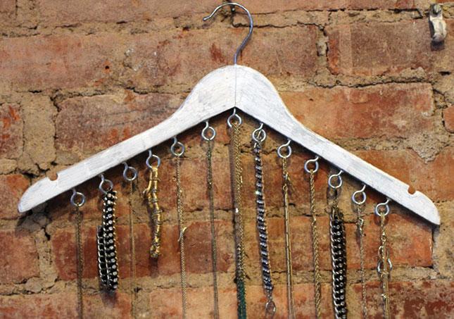 Jewel-2-Hanger