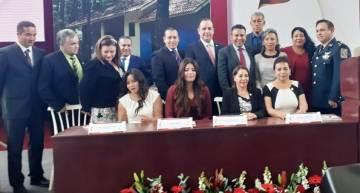 Menos salario y pago de deuda anunció Alejandro Tirado en el 1er. Informe