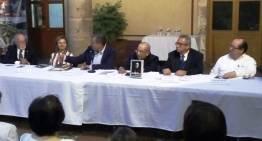 """Presentan con gran éxito el libro: """"Martín Lawers, un Mártir Irapuatense"""""""