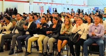 Feria de Empleo ofreció 1 mil 700 plazas en Irapuato