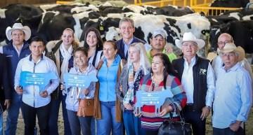 Fortalecen la producción lechera en León