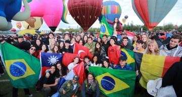 El Festival Internacional del Globo reúne a más de 200 aerostáticos