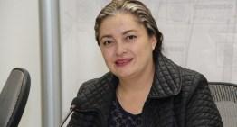 Solicita Claudia Silva, un mejor acceso a servicios de asistencia y salud