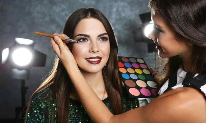 Become A Beauty Social Media Influencer