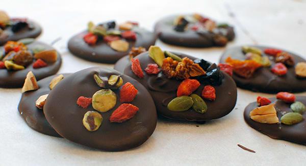 Dark Chocolate Superfood Bites | BeachbodyBlog.com