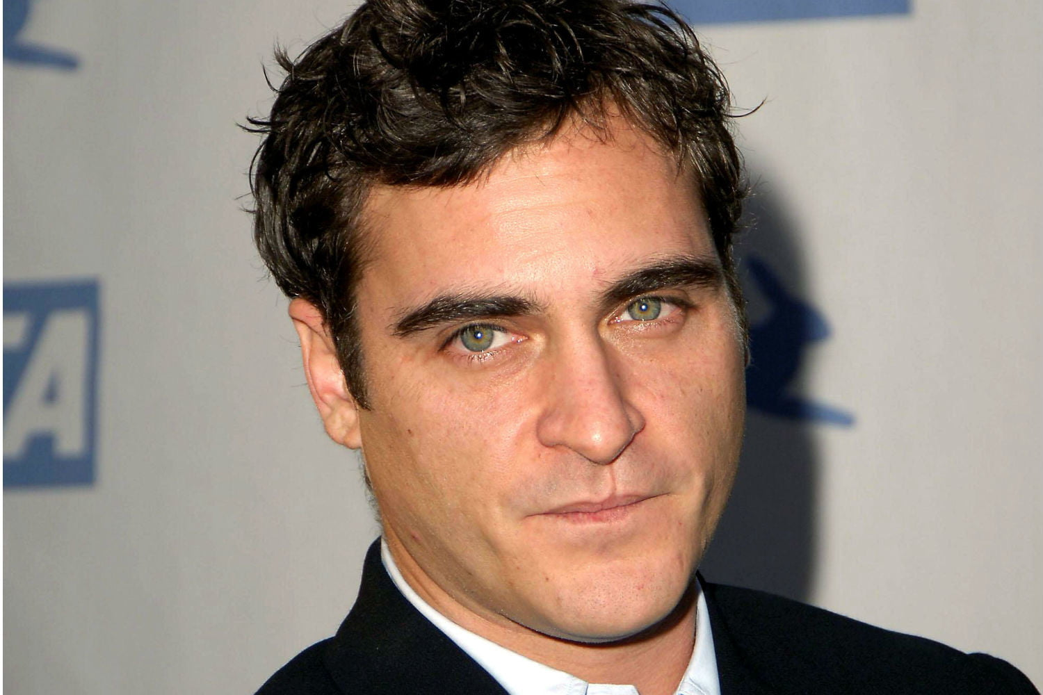 Joaquin Phoenix Wiki Everything To Know About The Gladiator