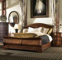 King Sleigh Bed by Fine Furniture Design | Wolf and ...