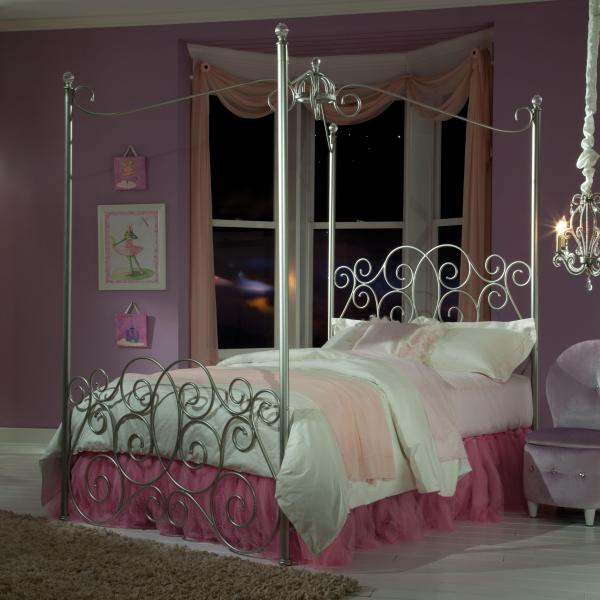 Twin Metal Canopy Bed With Clear Post Finials Standard