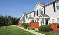 Aurora, IL Townhomes for Rent | Lakeview Townhomes at Fox ...