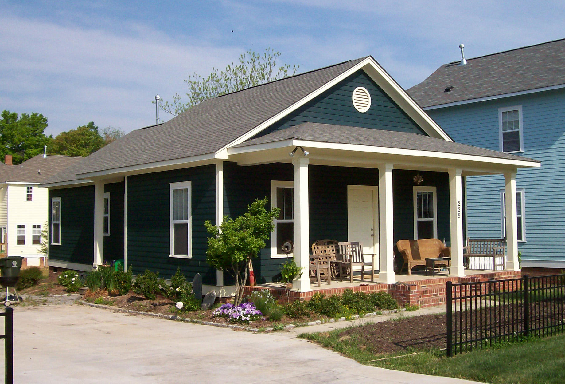 Small One Story Craftsman Bungalow House Plans