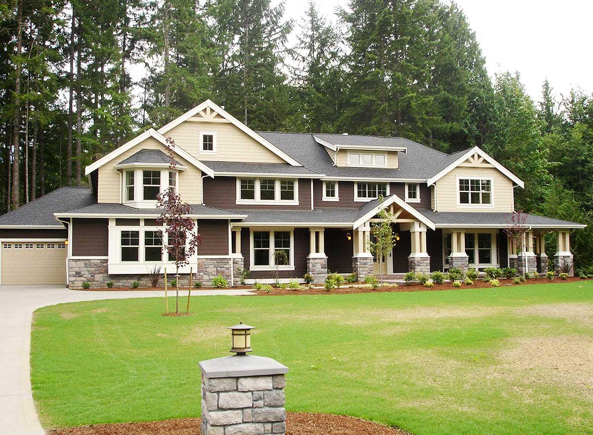 Luxury Craftsman House Plans