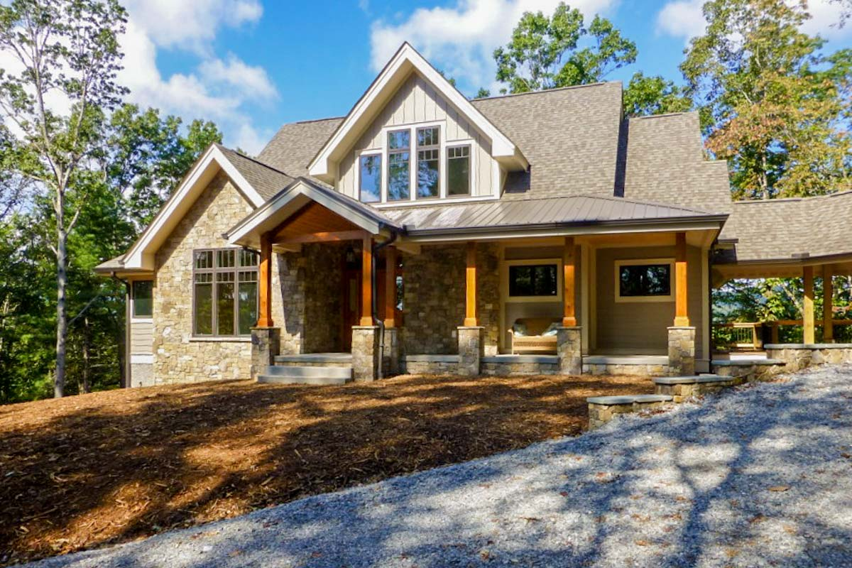 Rugged Mountain Plan With Breezeway - 26706gg