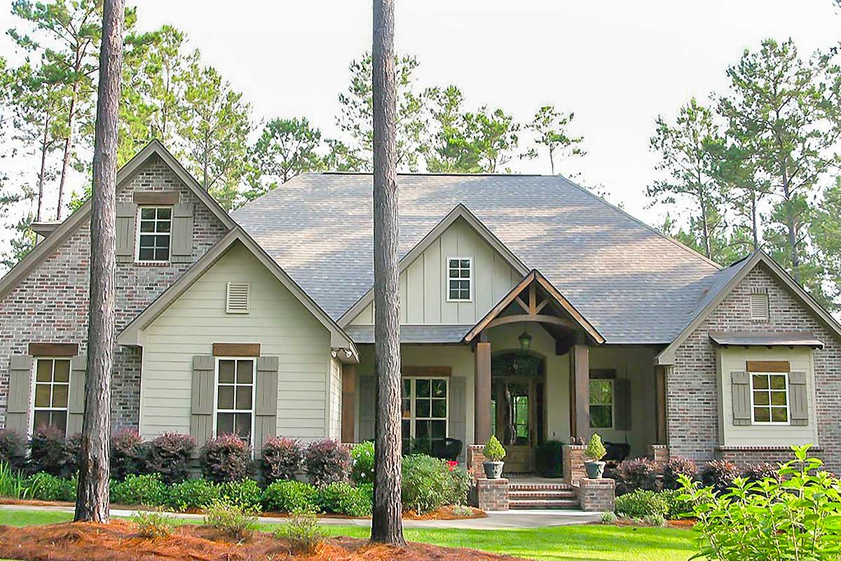 Craftsman House Plan With Rustic Exterior And Bonus Above
