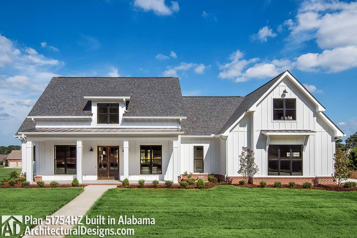 Modern Farmhouse Design House Plans