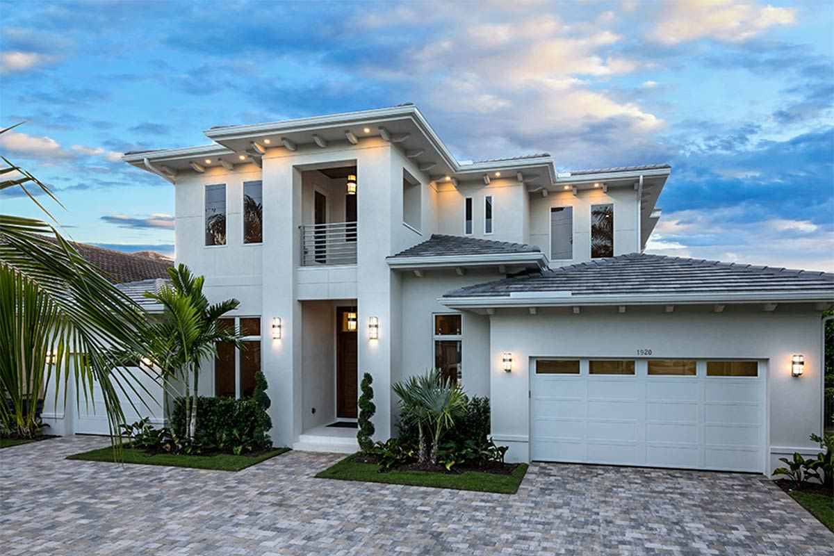 Impressive Coastal House Plan with Observation Deck