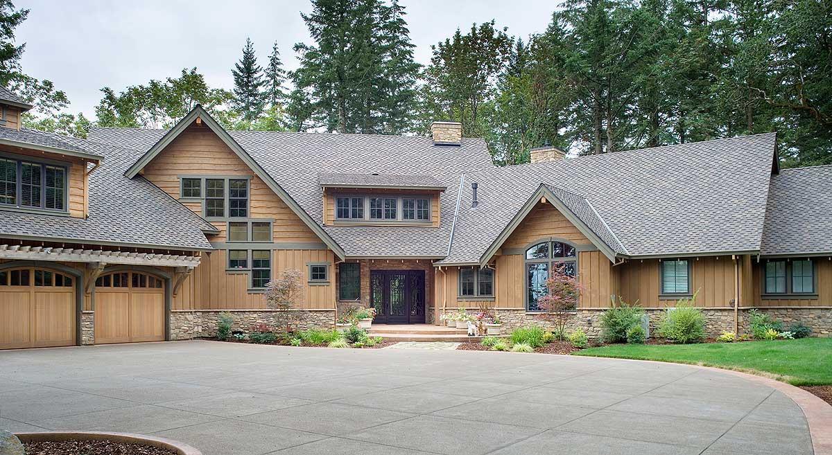 Luxurious Mountain Home Plan