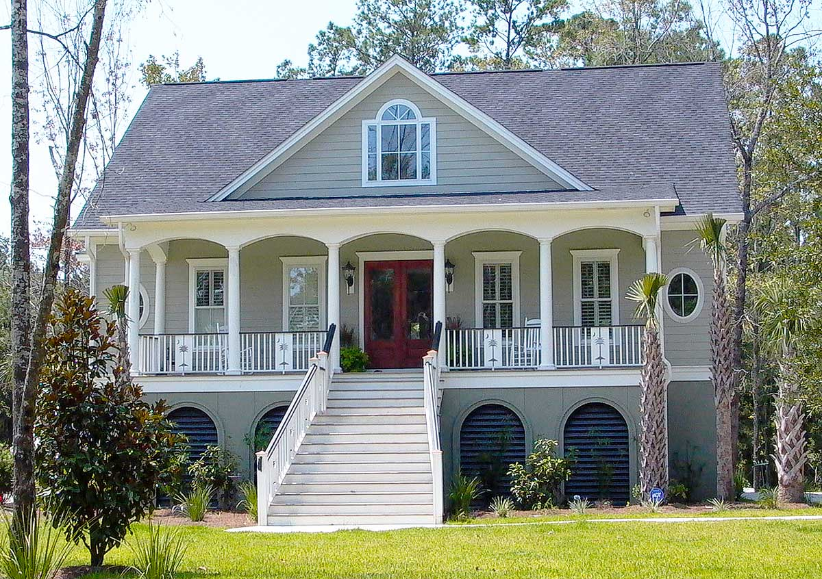 Low Country House Plans with Garage