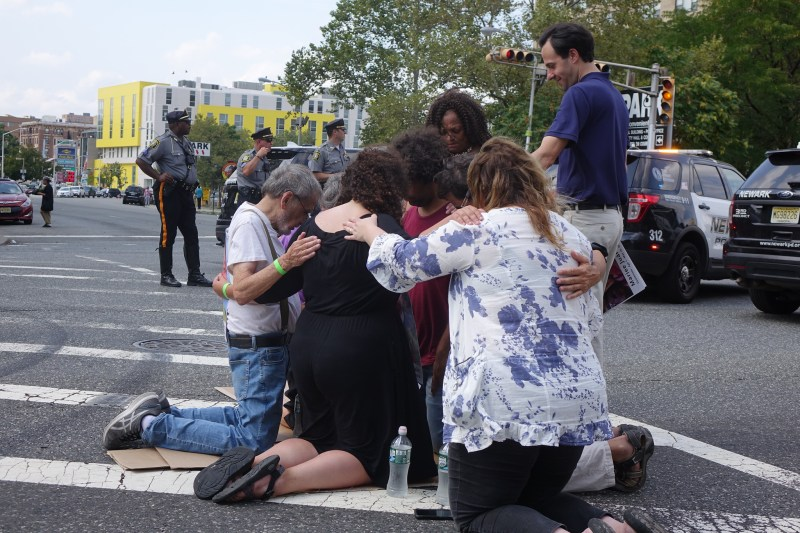 Catholic leaders risk arrest in Newark