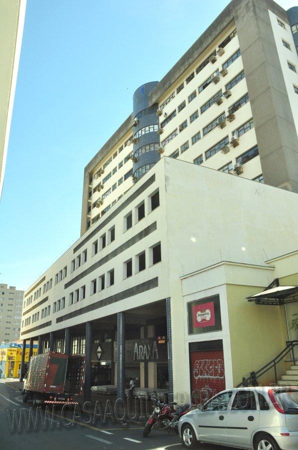 Sala comercial Em edifcio para Aluguel em Centro UberabaMG