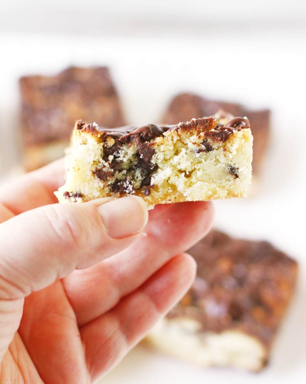 Chocolate Chip Hungarian Shortbread Bars with Kahlua Glaze from SoupAddict.com