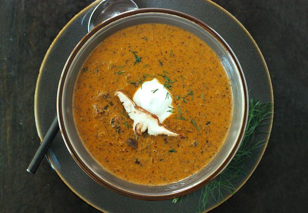Hungarian Mushroom Soup from Soupaddict.com