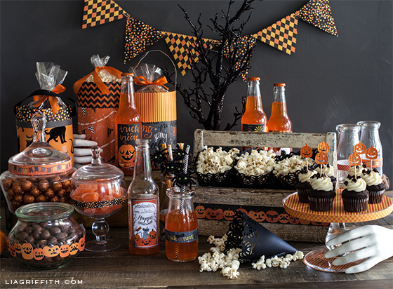 DIY Halloween Goody Bag and Easy Party Decorations