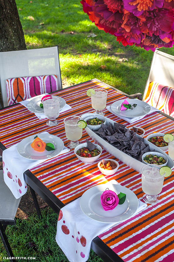 DIY Outdoor Furniture With Ikat Painted Table