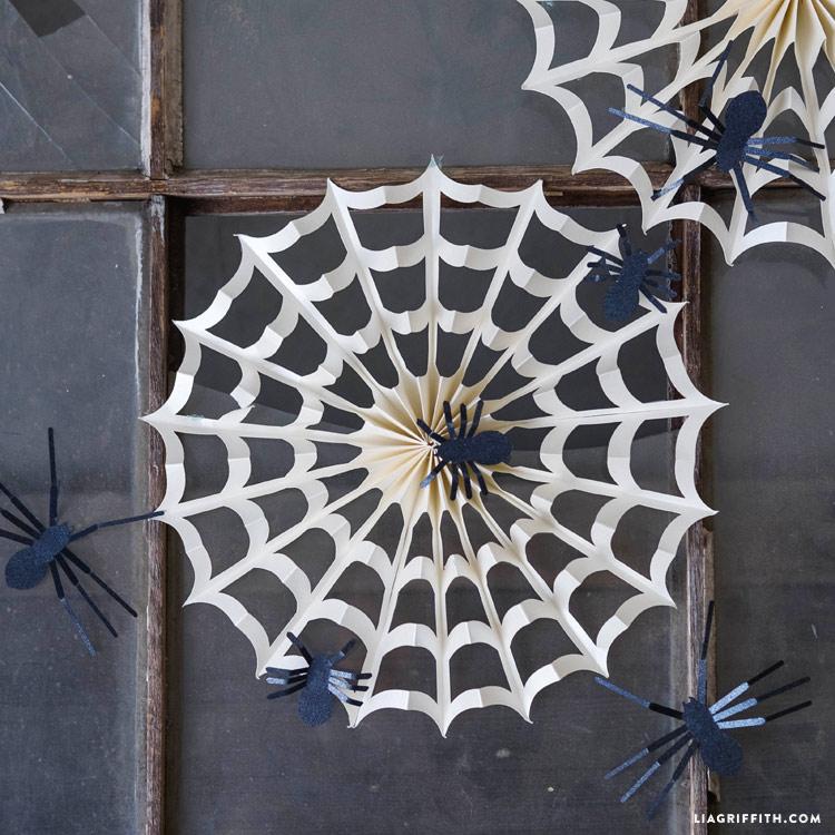 Accordion Spider Web Decorations