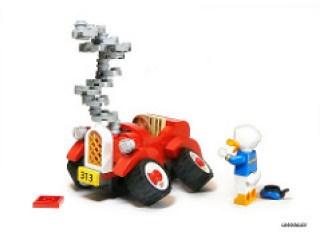 Donald Duck's Car Broken Down