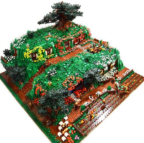 LEGO Hobbiton diorama by David Frank on Flickr