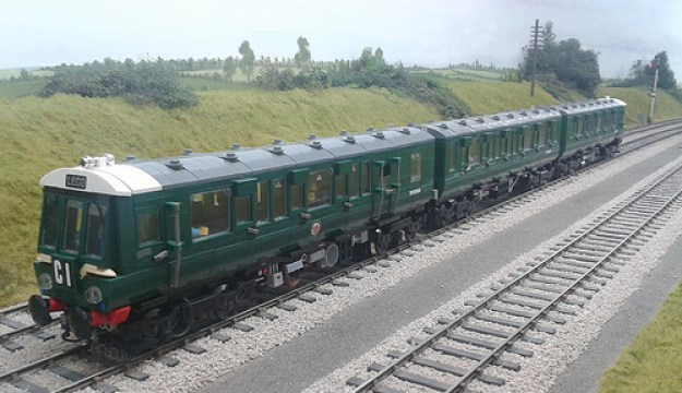 LEGO Class 116 DMU DCC at PW's