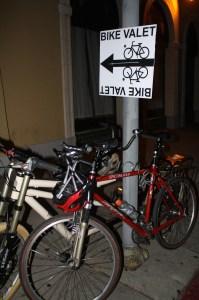 Las bicicletas tuvieron su estacionamiento exclusivo. (Foto Agustín Durán/El Pasajero)
