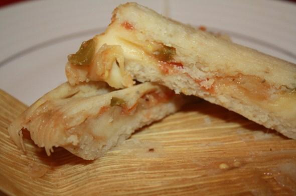 Tamal de queso con rajas, todo un manjar para el paladar. (Foto de Agustín Durán/El Pasajero).