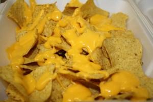 Si prefiere, los nachos se los puede comer con puro queso. (Foto de Agustín Durán/El Pasajero).