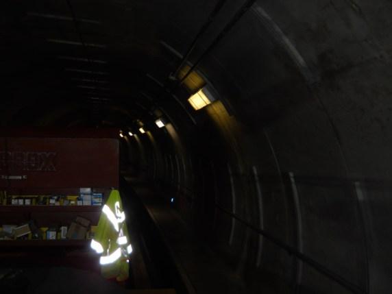 Estas son las luces antiguas que empiezan a ser reemplazadas. Foto: Metro.