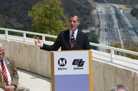 El alcalde de L.A., Eric Garcetti.