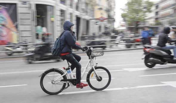 Ciclistas en Madrid. Foto: El País