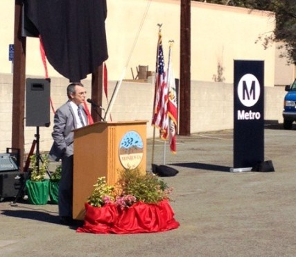 Managing Executive Officer of Countywide Planning Cal Hollis at the groundbreaking. Photo: Rick Jager/Metro
